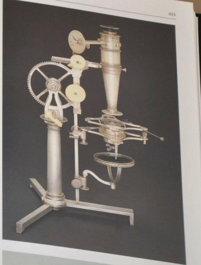 Storia delle Scienze - Gli Strumenti - Edito da Banca Popolare di Milano microscopi antichi, vintage microscopes, microtome, microtomes